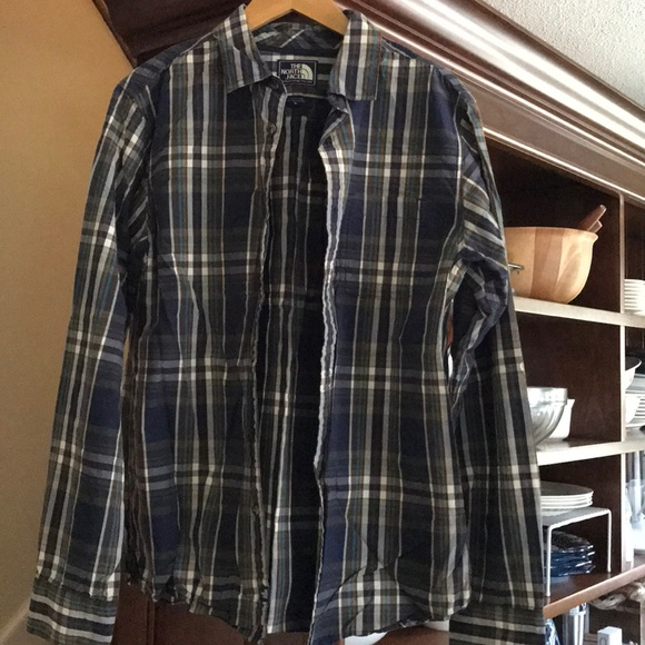 75936a037 Men's The North Face long sleeve button down shirt